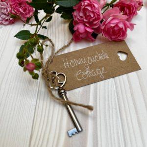 Schlüssel zum Cottage Honeysuckle