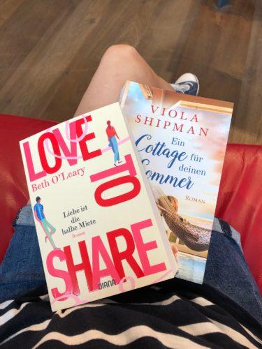 Bücher auf Beinen